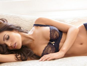 Companionship Services You Can Get From An Escort